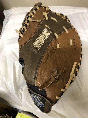 Left hand softball Glove for Sale in Fresno, CA