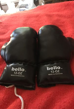 bello Boxing gloves for Sale in Los Angeles, CA