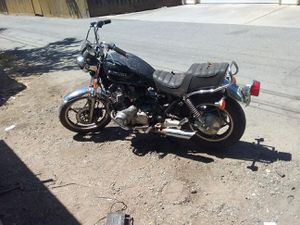 Suzuki 850 1983 runs good needs carbs synced for Sale in Willows, CA