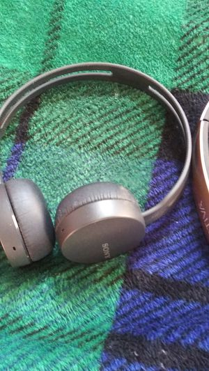 Skull candy Hesh- Phillips Stereo Headphones- Bluetooth Sony-Bluetooth Ativa Headphones for Sale in Portland, OR