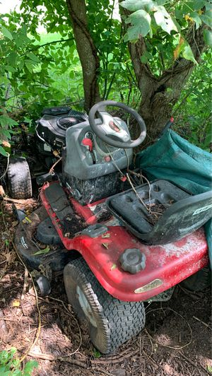 Craftsman Riding Lawn Mower for Sale in Houston, TX