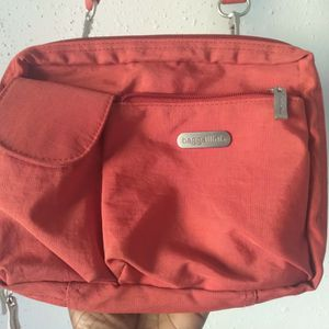 Autumn Orange🍂 🍊Baggallini Messenger Bag for Sale in Zionsville, PA