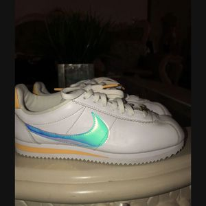Women's Nike Cortes Size 7.5 for Sale in Visalia, CA