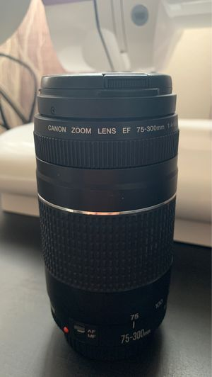 Canon zoom lens 75-300mm for Sale in Downey, CA