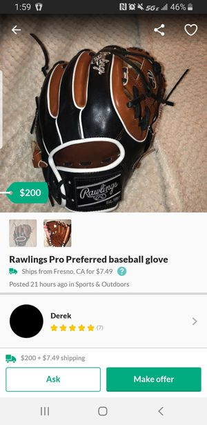 Baseball glove for Sale in Moreno Valley, CA