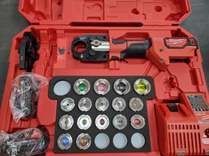 Milwaukee one key M18 crimper kit with fittings BRAND NEW 2500$ cost 4000 at Home Depot!!! for Sale in Fort Worth, TX
