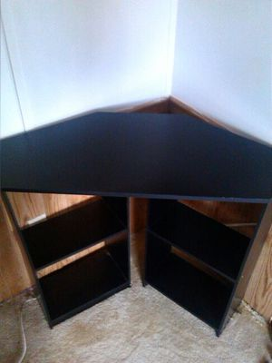 Corner desk for Sale in New Port Richey, FL
