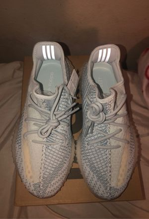 Yeezy 350 v2 Cloud White Ds US size 8 for Sale in Westminster, CA