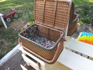 Antique Picnic Basket for Sale in Kansas City, KS