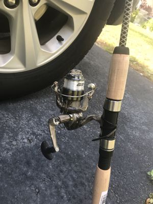 New Ugly Stik Camo Combo Fishing Rod And Reel for Sale in Valrico, FL