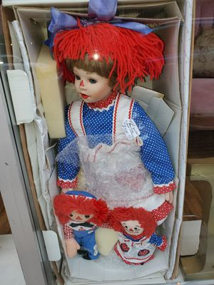 ANTIQUE COLLECTABLE DANBURY MINT RAGGEDY ANN DOLL SET for Sale in Round Rock, TX