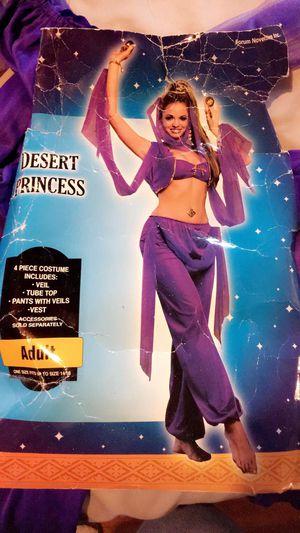 Desert princess costume 👸🏽 👑,small size for Sale in Dallas, TX
