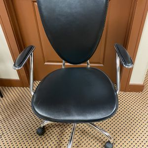 Office Task Chair $40 for Sale in Des Plaines, IL