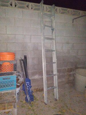 18' Aluminum extension ladder for Sale in Las Vegas, NV