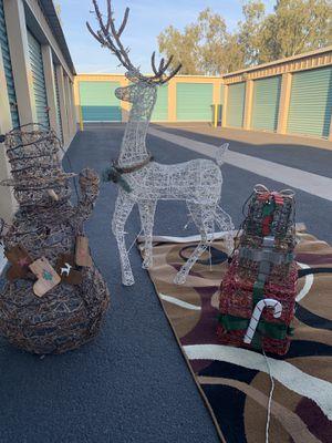 Christmas decoration for Sale in Phoenix, AZ