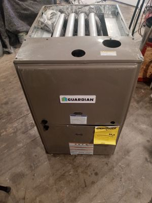 Brand new slightly dented at warehouse never been hooked up mobile home AC furnace combination three to three-and-a-half ton Guardian for Sale in Pasadena, TX