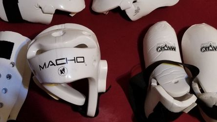 Macho Martial Arts Pads for Sale in Carrollton,  TX