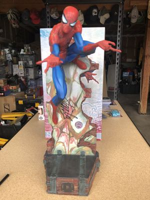 Sideshow Collectables Spider-man Scott J. Campbell statue Signed by Stan Lee!!! for Sale in Tacoma, WA