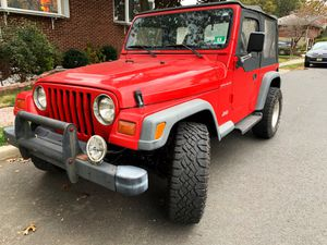 1998 Jeep wrangler, 4cyl, 5 speed manual, 124k for Sale in Fort Lee, NJ