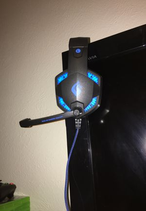 Xbox 360 games,controller/keyboard,headset for Sale in Dallas, TX