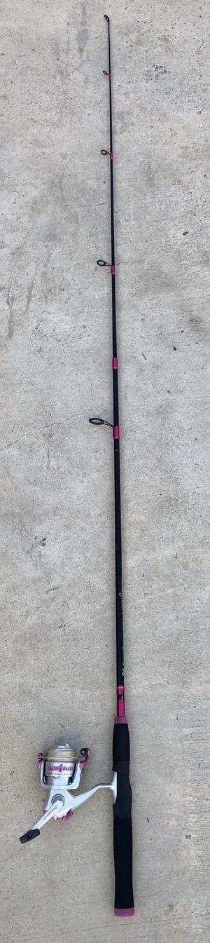 Shakespeare lady fish fishing pole combo 2 piece rod for Sale in San Bernardino, CA