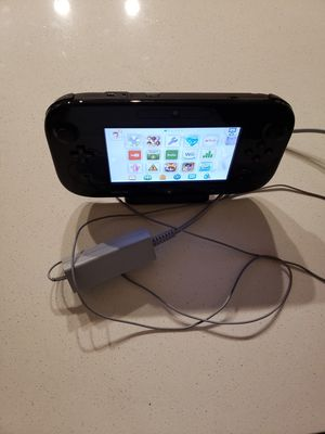 Used Nintendo Wii U with Smash 4 for Sale in Gainesville, FL