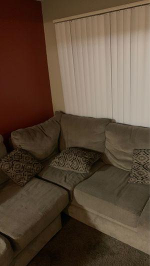 2 piece Couch Set for Sale in Phoenix, AZ