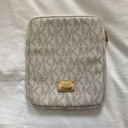 Michael Kors iPad Sleeve for Sale in Alhambra,  CA