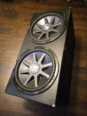 2 15s kicker compvr with probox box for Sale in Humble, TX