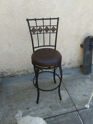 1 bar stool for Sale in Los Angeles, CA