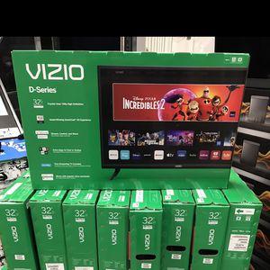 32 INCH VIZIO HD SMART TV D-SERIES for Sale in Chino Hills, CA