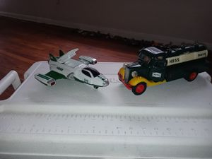 AMERADA **HESS CORPORATION MADE IN HONG KONG. MCML. XXX. (BANK) COLLECTOR ITEMS & HESS PLANE... for Sale in Columbus, OH