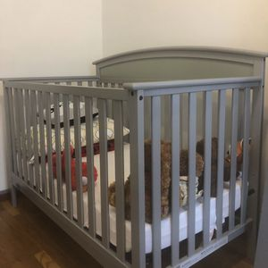 Light Gray Crib for Sale in Brooklyn, NY