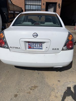 2002 Nissan Altima has 148,000 miles the vehicle has no problems you can come and check the car out your self has had 2 owners the vehicle has clean for Sale in Hyattsville, MD