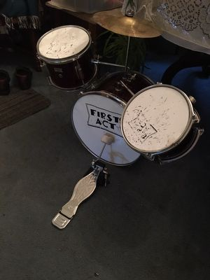First Act Jr Drum Set for Sale in McKeesport, PA