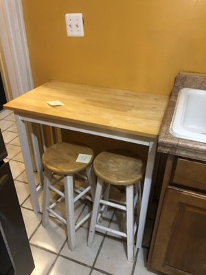 Kitchen Nook Table and Chairs for Sale in Detroit, MI