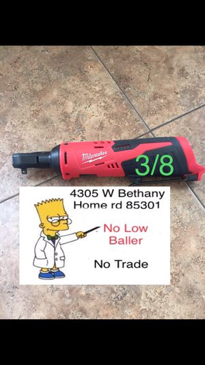 $65 No Menos ($65 Firm No Less) 3/8 Milwaukee for Sale in Glendale, AZ