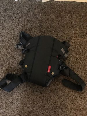 Infantino Baby Carrier for Sale in Buffalo, NY