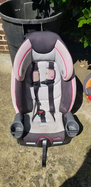 Free car seats. Pick up Mint Hill for Sale in Matthews, NC