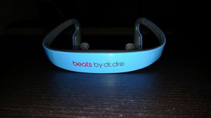BEATS BY DRE SOLO HD BLUETOOTH EARBUDS for Sale in Big Spring, TX