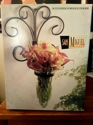 WALL FLOWER VASE for Sale in San Bernardino, CA