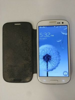 White Samsung Galaxy S3 AT&T for Sale in Baltimore, MD