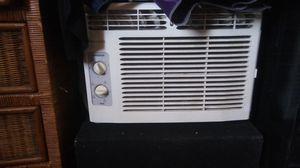 Air conditioner / Aire acondionado for Sale in Las Vegas, NV
