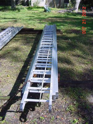 Werner Industrial 60-foot Ladder for Sale in New Bern, NC