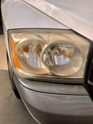 Yellowing and faded headlights I can help to restore to almost new condition for Sale in Pico Rivera, CA