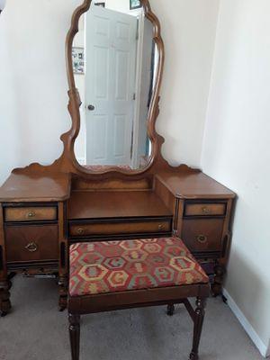 Antique brown dresser for Sale in Denver, CO