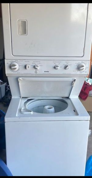 Kenmore Stackable washer gas dryer for Sale in Bakersfield, CA