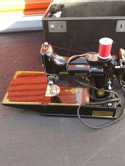Vintage Singer Sewing Machine for Sale in Hayward,  CA