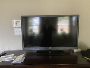 40 inch Westinghouse TV 1080p 120 Hz with remote for Sale in Manchaca, TX
