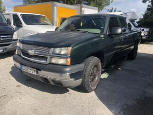 2006 Chevy Silverado clean title! for Sale in Hialeah, FL